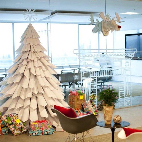 Vianočný stromček z kníh