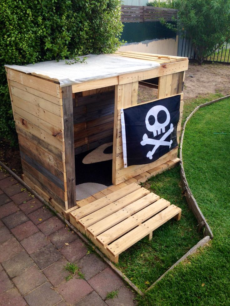 In pir cie na detsk ihrisk ktor si zvl dnete vyrobi for How to make a fort out of wood