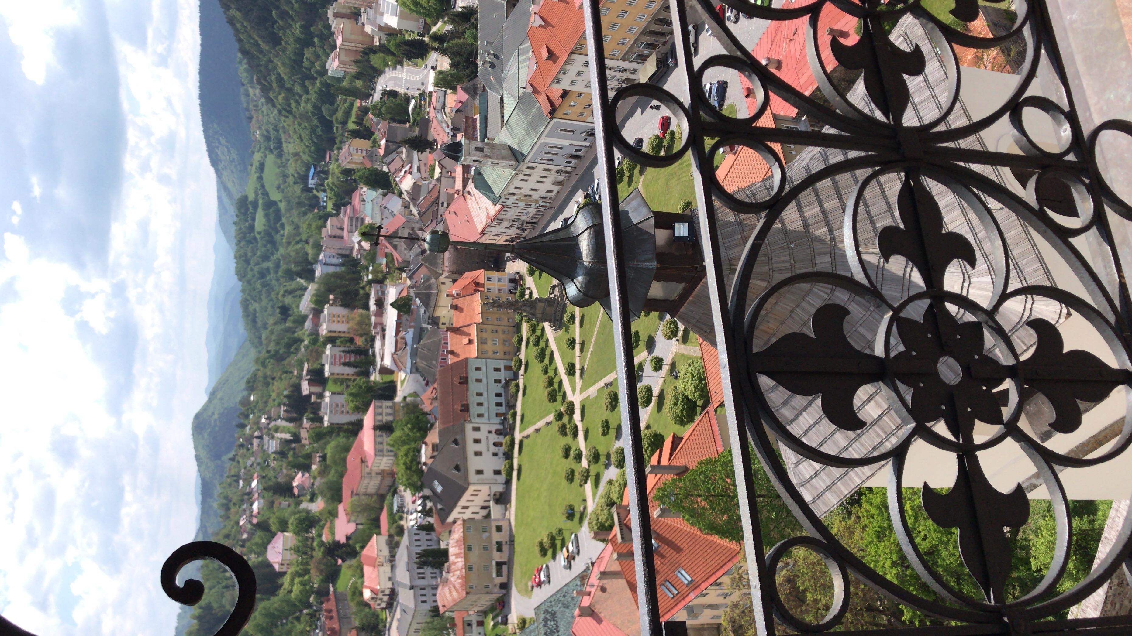 Výhľad z vyhliadkovej veže kostola. / zdroj: Hanka Herinková