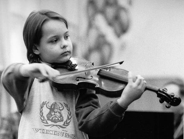 Huslista Dalibor Karvay ako dieťa v začiatkoch svojej kariéry. / Foto: archív DK