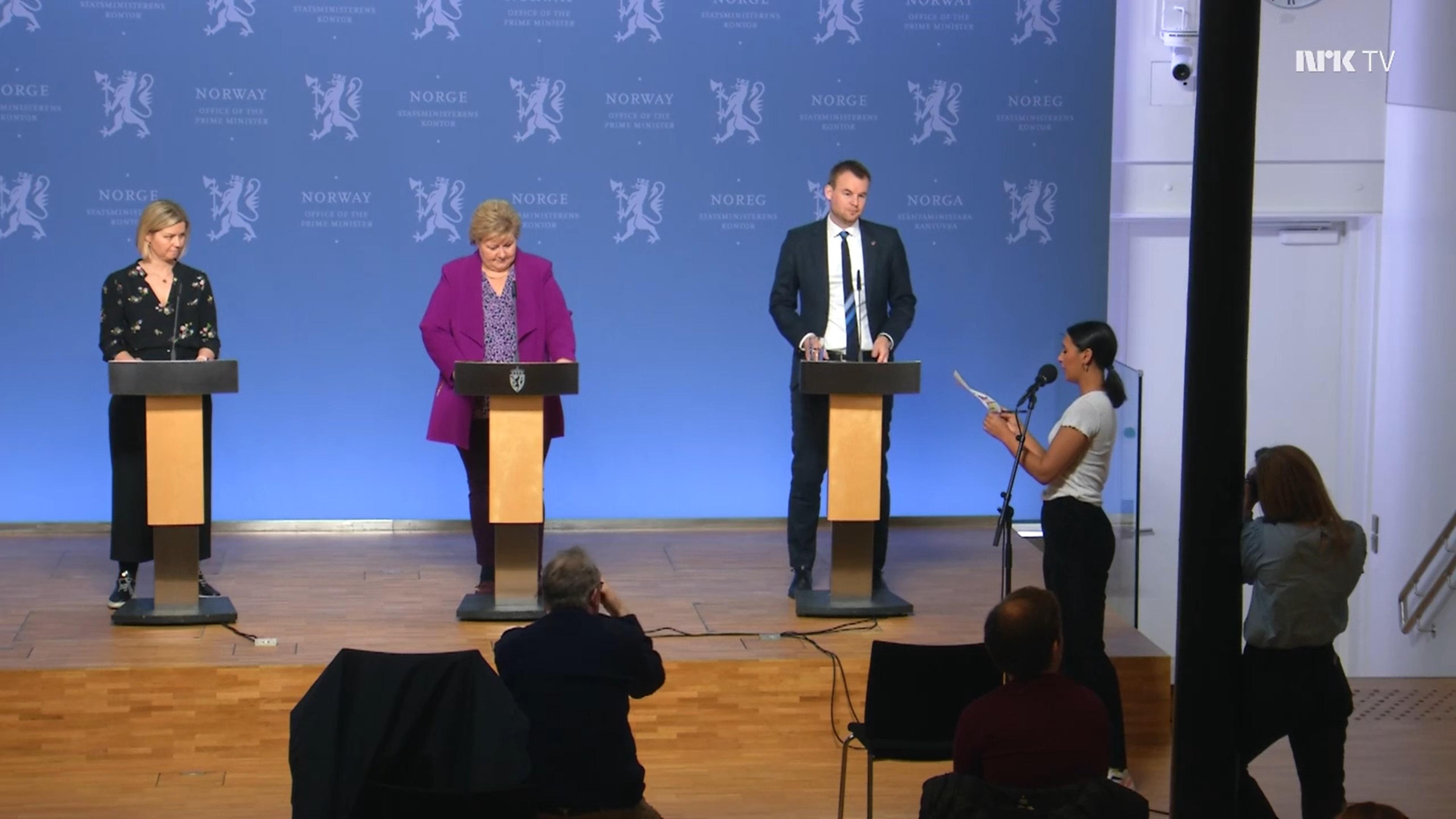 K premiérke v strede sa pripojila aj nórska ministerka vzdelávania Guri Melby a minister detí a rodiny Kjell Ingolf Ropstad.