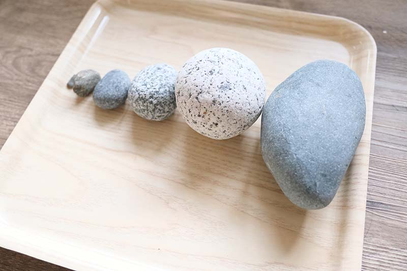 Triedime kamene podľa veľkosti, od najväčšieho, po najmenší. Foto: Miraculove