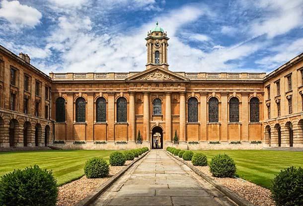 University of Oxford / Zdroj: Poštová banka