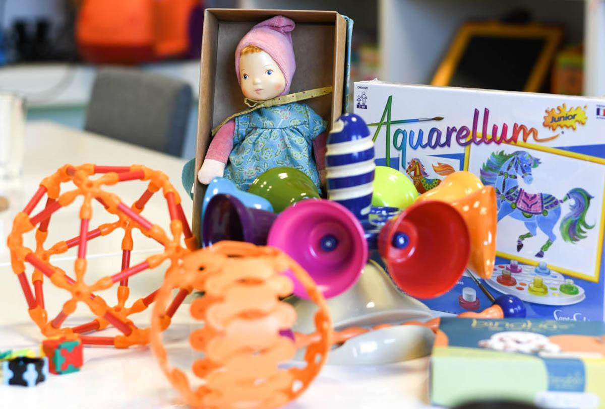 Hračky predávané v hračkárstvach Toyeto. / Foto: Zuzana Gránska