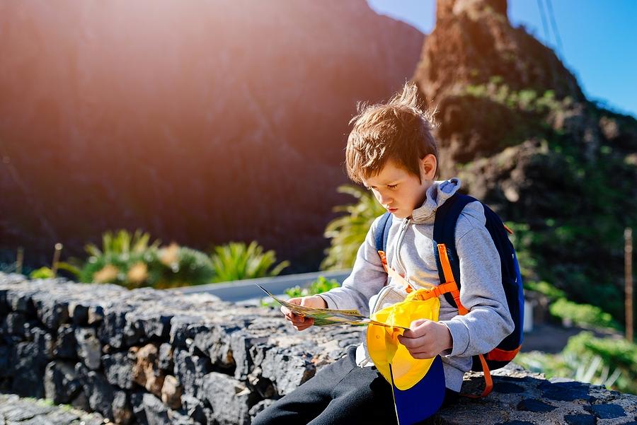 Poznanie rôznych symbolov zobrazených v mapách ocenia deti aj v prírode. / Zdroj: Bigstock