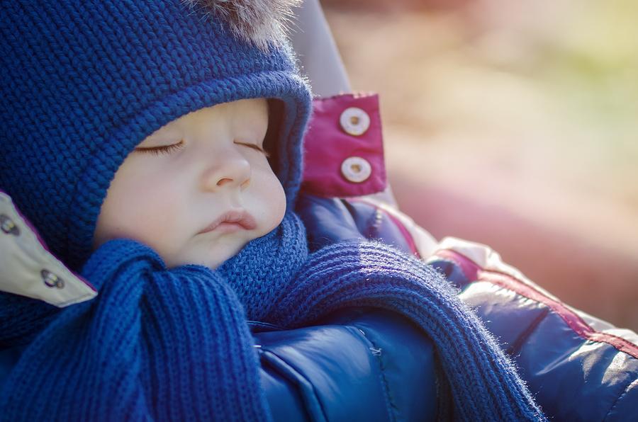 Spánok detí na chladnom čerstvom vzduchu trvá dlhšie ako v interiéri. / Foto: Bigstock