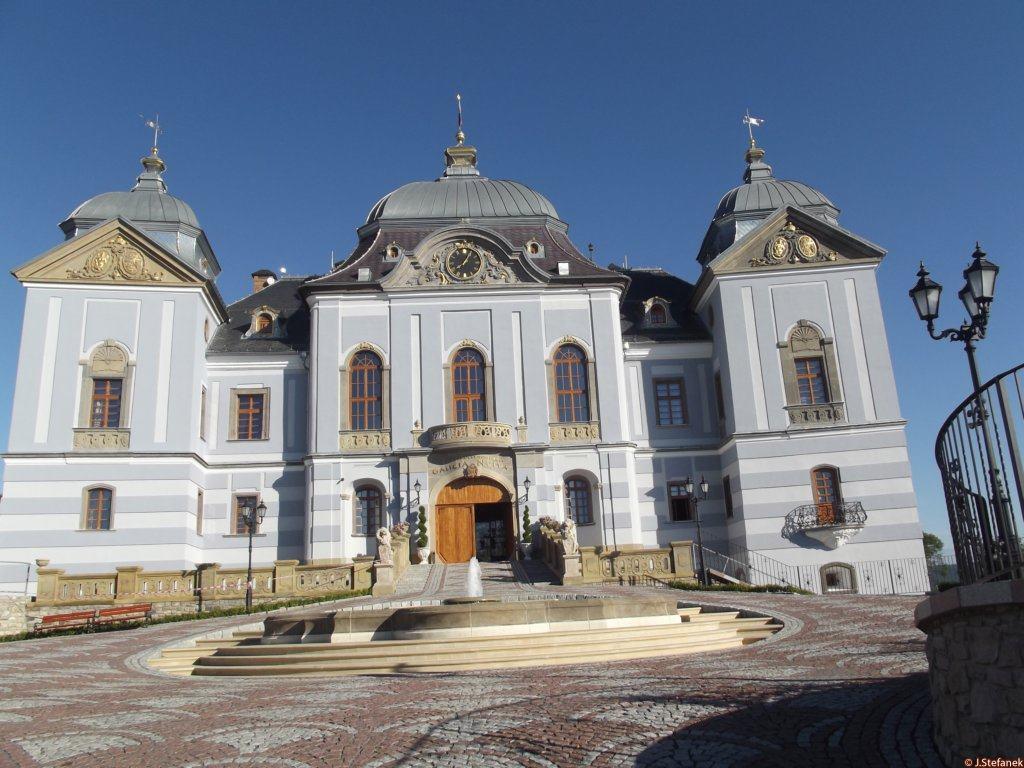 Zdroj: hrady-zamky.sk
