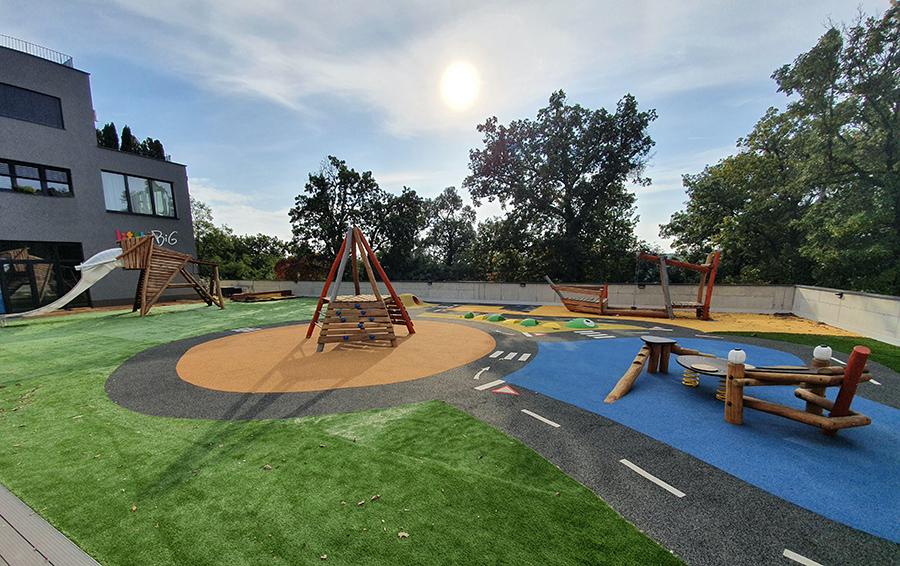 Veľkorysé moderné ihrisko v škôlke littleBIG na Kramároch / Zdroj: littleBIG
