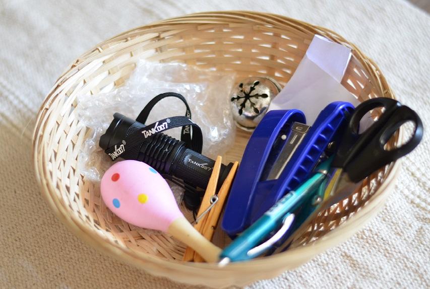 Košík so zvukmi na rozvoj sluchovej pozornosti. / Zdroj: Danka Laciková