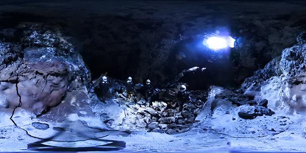 Lávový tunel, ktorý posádka skúmala / Foto: archív MM