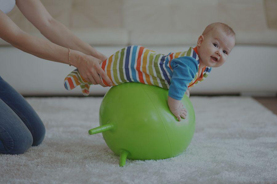 Cvičenie mamy s deťmi