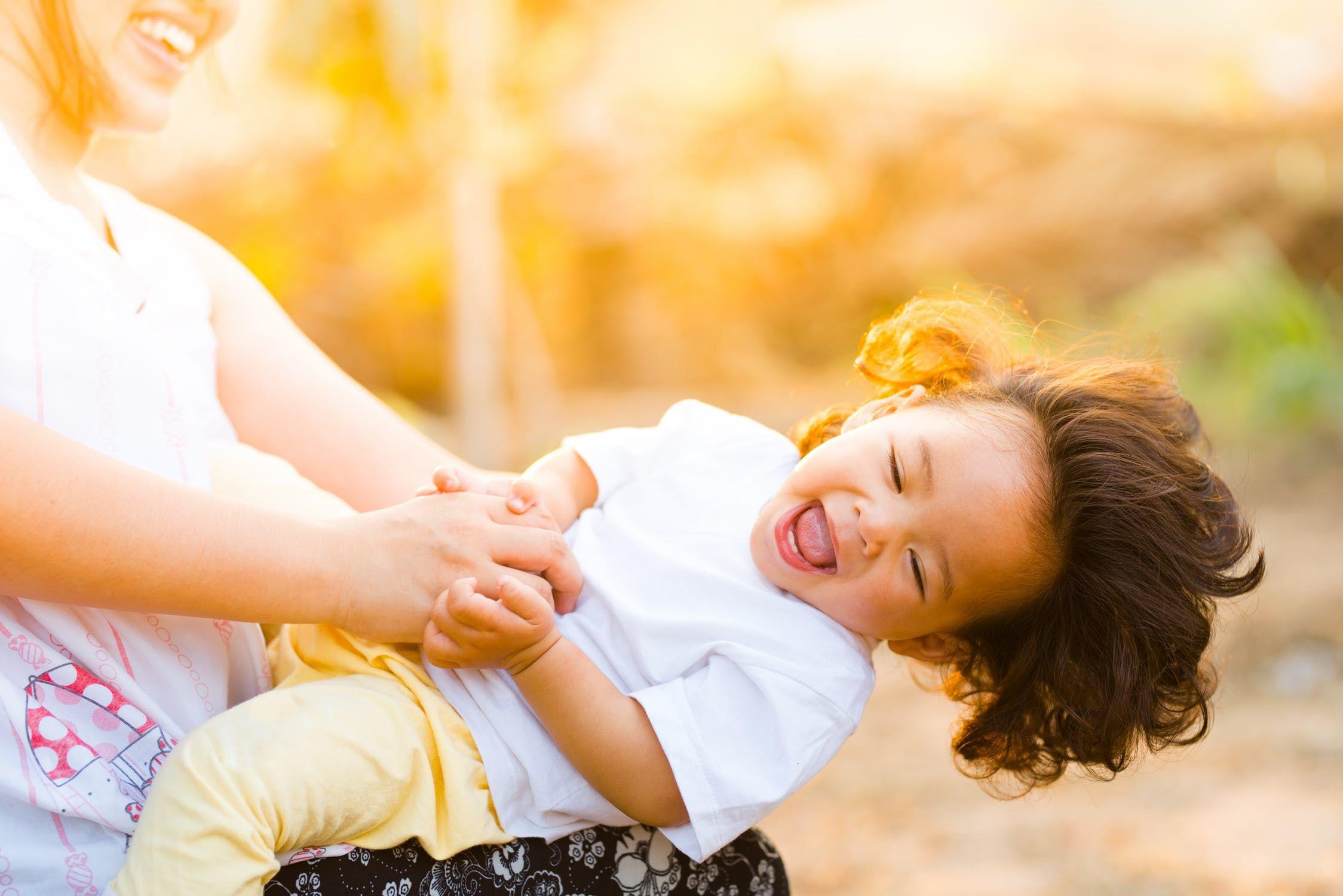 Ako vychovať šťastné a sebavedomé dieťa ? (Webinár)