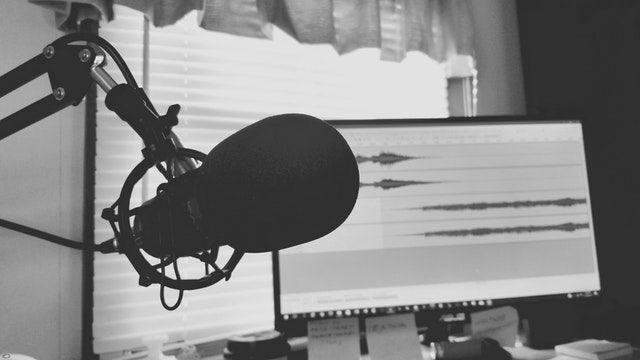 Ako si urobiť vlastný podcast