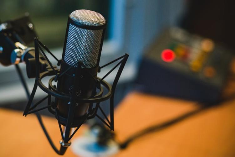 Ako si zarábať vlastným hlasom