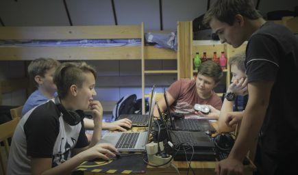 Dokument Deti online prináša pohľad na život rodičov a detí, aký generácie pred nami nepoznali