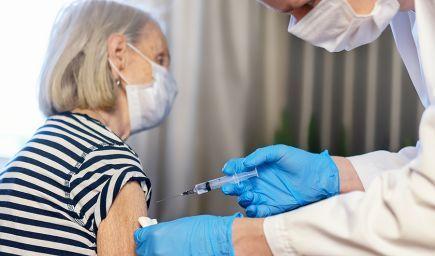 NCZI sa pripravuje na zabezpečenie prihlasovania na tretiu dávku vakcíny