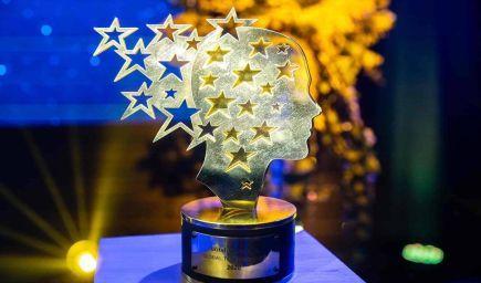 Výnimočných pedagógov možno aj tento rok nominovať na cenu Učiteľ Slovenska