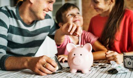 Chcete vychovať úspešné a finančne nezávislé deti? Týmto 7 chybám by ste sa mali vyhnúť!