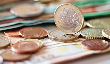 Učitelia dostanú 100-eurovú odmenu, potvrdil B. Gröhling