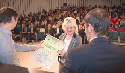 Titulom Zelená škola sa na Slovensku pýši 110 škôl: slávnostnej certifikácie sa zúčastnil aj prezident Andrej Kiska