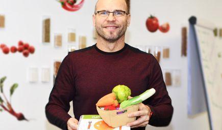 Igor Bukovský: To, že nás niekto miluje, si od prvého dňa života spájame s jedlom
