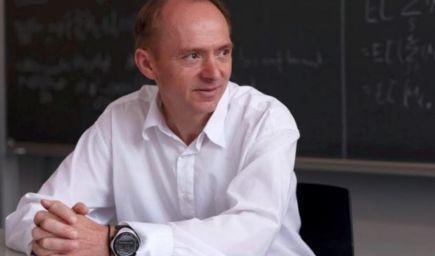 Slovenský profesor z ETH Zürich o škole budúcnosti: Kľúčom nie je vedieť, že niečo platí, ale proces, ako na to môžeme prísť