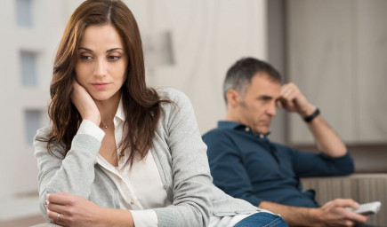 Slovná agresivita je prítomná v mnohých vzťahoch. Ako sa pred ňou chrániť?