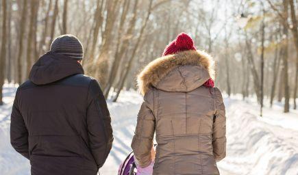 S bábätkom do mrazivého počasia? Severania nechávajú spať deti vonku aj v mínusových teplotách