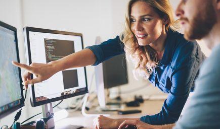 Analýza: Vlani sa vzdelávalo online päť percent ľudí, väčšinou v oblasti IT
