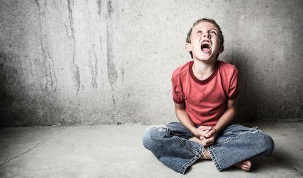 Stres v detstve zanecháva na mozgu stopy