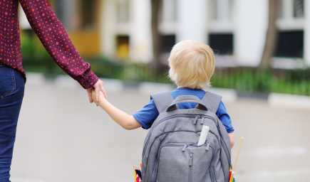 Chcete, aby bolo vaše dieťa v prvej triede samostatné? Vyskúšajte tieto tipy