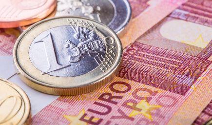 Žiaci nedostatkových odborov na stredných školách získali v prvom polroku motivačné štipendiá v sume vyše 260 000 eur