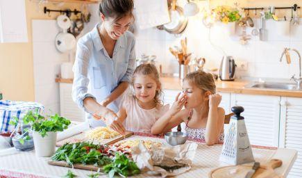 Existujú 3 overené spôsoby, ako viesť deti k jedeniu ovocia a zeleniny