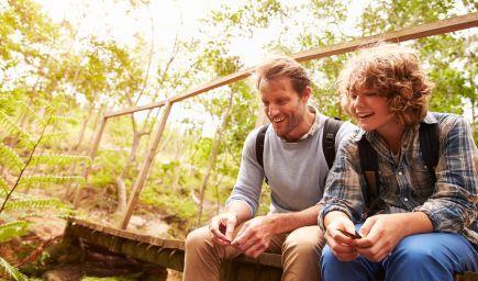 Výskum: Vzťah otcov so synmi má vplyv na ich nadváhu počas dospievania a v dospelosti
