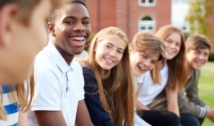 Koniec domácim úlohám: Deti z Dubaja a Abú Zabí budú mať každý deň po škole voľno