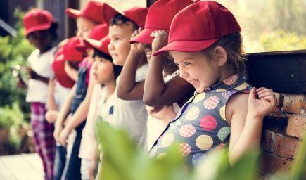 Rodičia čoraz častejšie siahajú po súkromných školách a škôlkach. Neodrádza ich ani vyššie školné