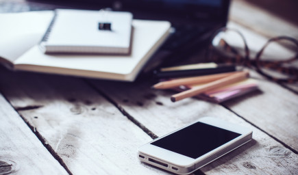 Študenti používajúci notebooky a tablety na hodine majú horšie výsledky, zistila štúdia