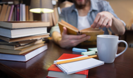 Najnovšie výskumy dokazujú, prečo je dôležité čítať papierové knihy