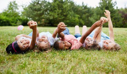 Marie Montessori: Deti by sa mali vedieť dotknúť ticha (cvičenia na rozvíjanie ticha)