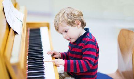 Veďte deti k hudbe, má to veľa výhod. Ako objaviť a podporiť hudobné nadanie u detí?