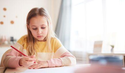 Deti citlivo vnímajú, čo sa deje navôkol. Dávajme im aj také domáce úlohy, ktoré im pomôžu odreagovať sa a nabrať novú silu