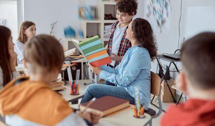 Lepšie vedomosti detí aj vyššia motivácia učiť sa. Kurikulárna reforma má zmeniť obsah aj spôsob výučby na školách