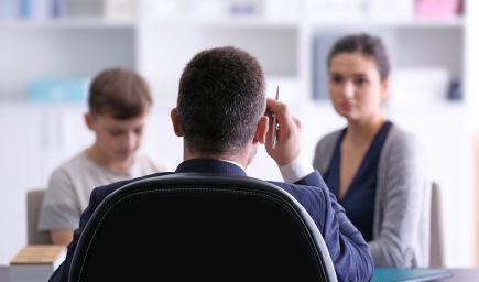 Ako pracovať s prehnane starostlivými rodičmi žiaka?