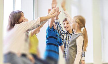 Príklady rozvíjania emocionálnej inteligencie v škole
