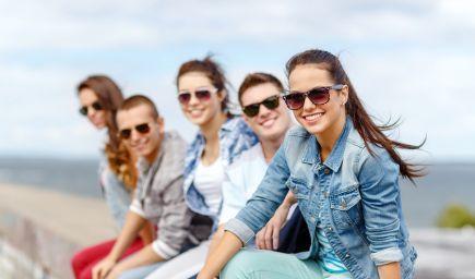 Prečo sa tínedžeri búria a slepo riskujú? Z hľadiska biológie za to vlastne nemôžu