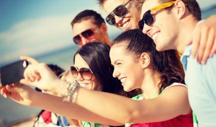 Reálne si dokážeme udržať 5 blízkych priateľov, tvrdí štúdia