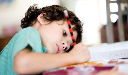 Vedci zistili, čo spôsobuje problémy dyslektikom