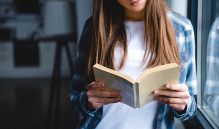 Čítanie papierových kníh posilňuje psychické i fyzické zdravie