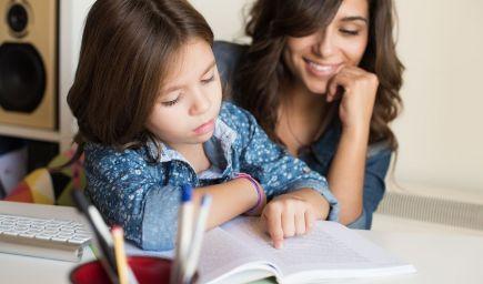 Ako môžu rodičia čítať s deťmi? Vyskúšajte týchto 7 tipov
