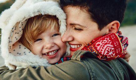 Rodičia, ktorí poznajú fungovanie mozgu, lepšie chápu reakcie dieťaťa
